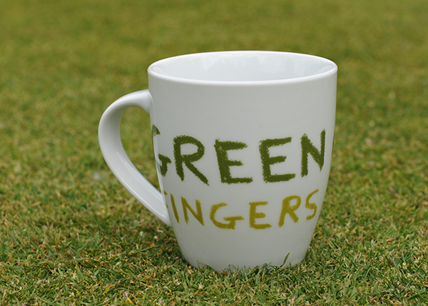 Green fingers mug by Jamie Oliver
