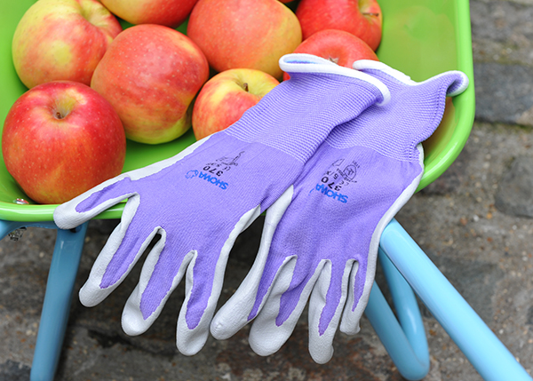 Little fingers  - kids purple nitrile glove