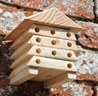 Mini solitary bee hive