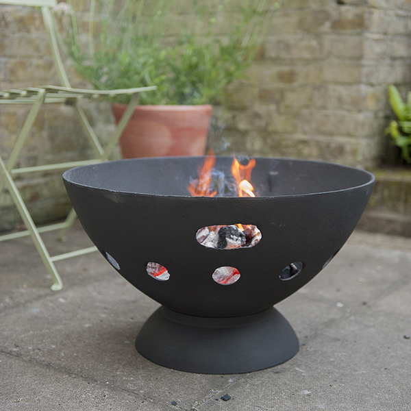 Cast-iron brazier with grill