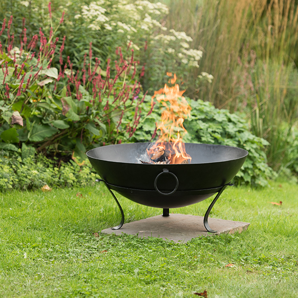 Disc brazier with grill with handles
