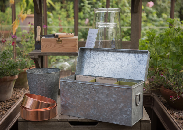 Lockable galvanised calendar seed trunk
