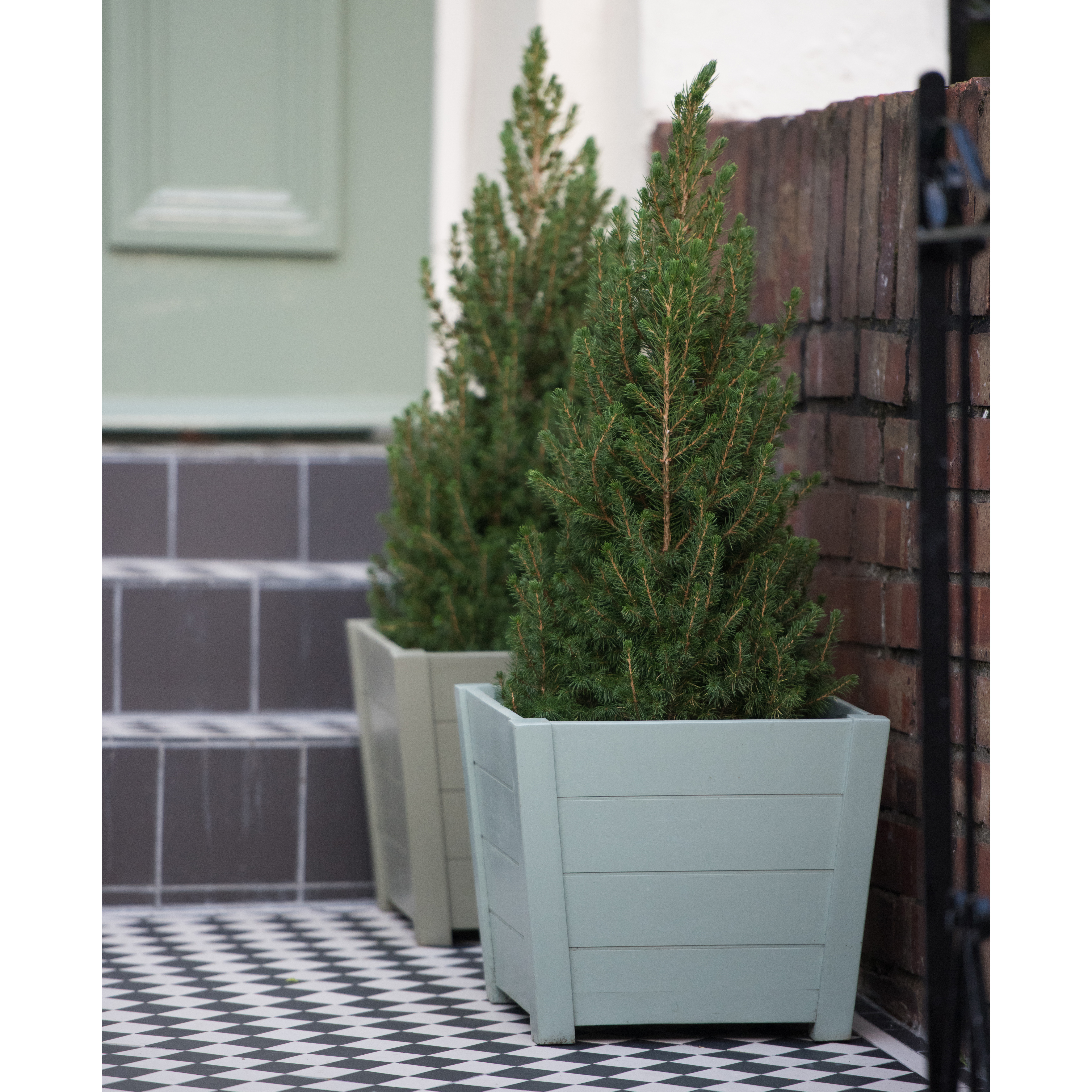 Garden Planters Available From Potsandplanters Co Uk